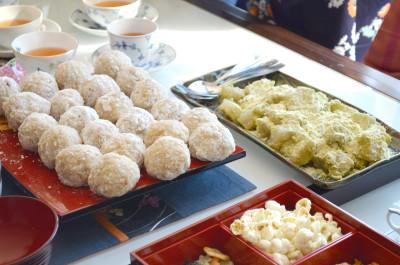 玄米餅の苺大福&わらび餅